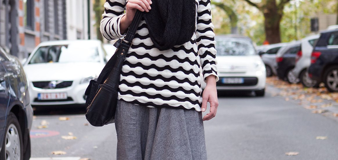 Cosy autumn look, afghani pants matched with long sweater
