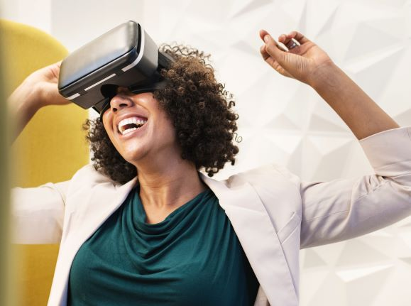 How does digital innovation accelerate user empowerment?: Virtual reality has already impressed many users and is predicted to become an important marketing tool in the future